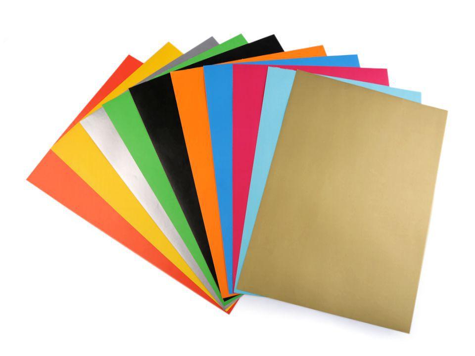 papier selbstklebend verschiedene farben 21 x 29 7cm stoklasa kurz und galanteriewaren. Black Bedroom Furniture Sets. Home Design Ideas